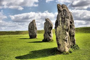 Paulina Howfield can Create a Paulina Howfield can create a tour that teaches how to interact telepathically with the energies at Avebury Stone Circle